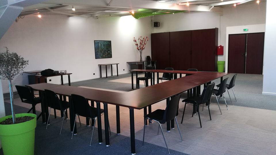 Salle de réunion, team building, séminaire